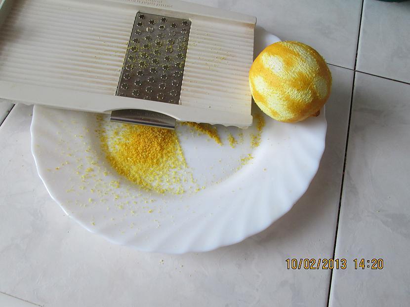 nbspNorīvēju citronam mizu Autors: rasab Mīlētājiem