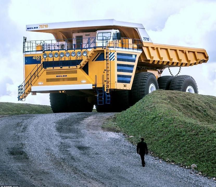 nbsp nbsp Sakumā par... Autors: Mao Meow Belaz 75710 - Lielāka kravas mašīna pasaulē!