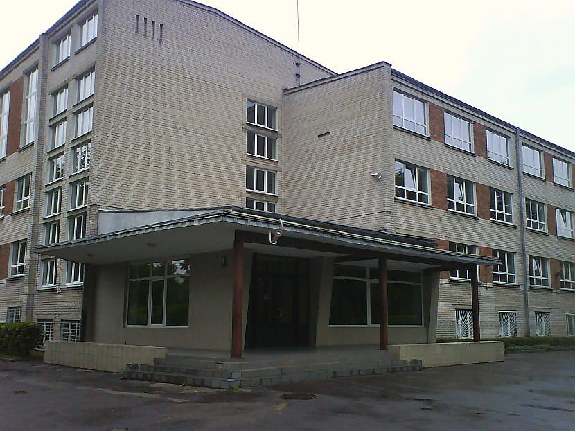 60 70 Gadu Skolniem