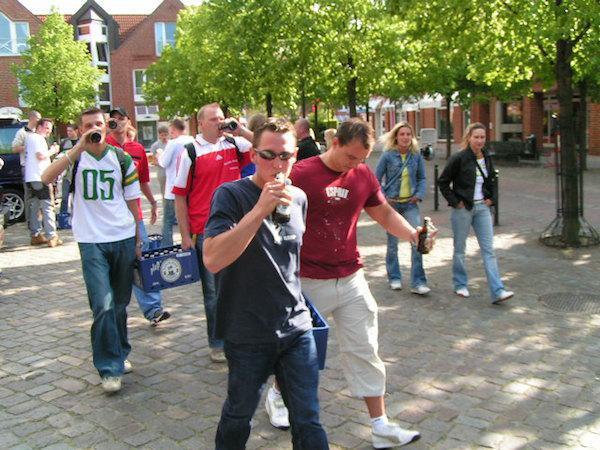 Vācija  Iztukscarono... Autors: 911 12 LABĀKĀS dzeršanas spēles Pasaulē!