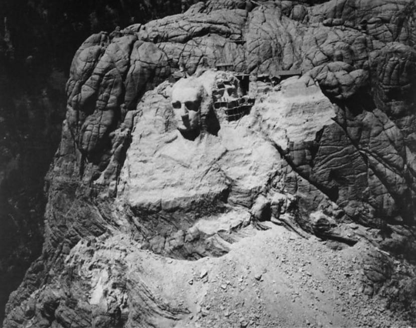 Rascaronmora kalns 1933g Lai... Autors: Lestets Pasaules ikoniskās būves pirms to pabeigšanas