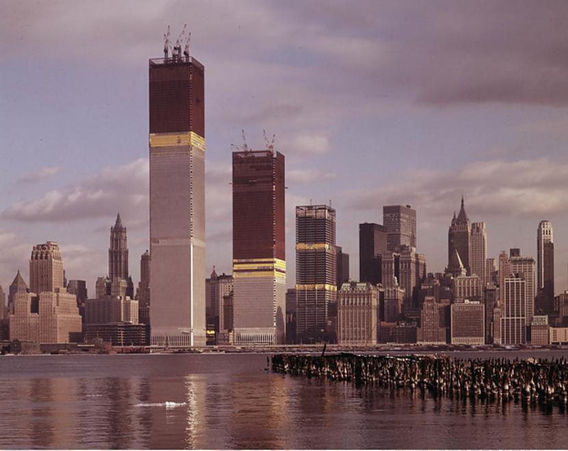 Pasaules tirdzniecības... Autors: Lestets Pasaules ikoniskās būves pirms to pabeigšanas