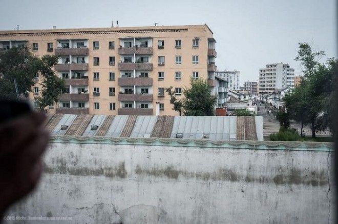 Pirmā Ziemeļkorejas bilde no... Autors: Lestets Fotogrāfijas, par kurām nošauj