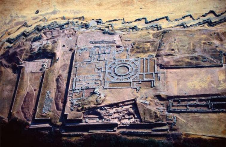 SacsayhuamaacutenInteresanta... Autors: Lestets Mistiskākie atradumi uz Zemes