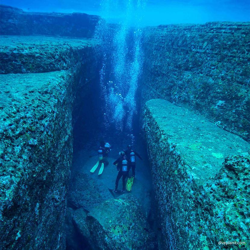 Yonaguni Tas ir zemūdens... Autors: Lestets Mistiskākie atradumi uz Zemes