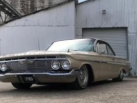 1961 Chevrolet Impala Bubble Top tapšana.