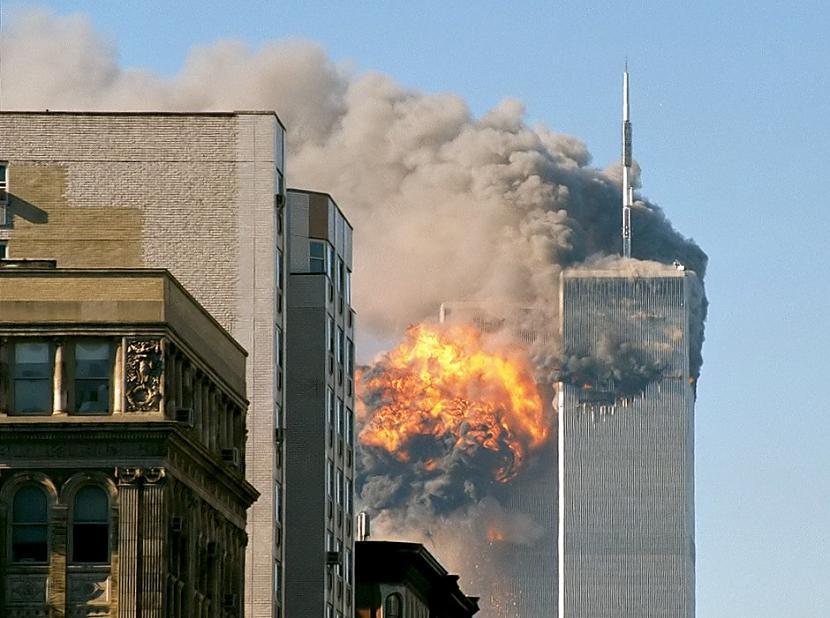 Atrastās lidmascaronīnu... Autors: Lestets 11 pārliecinošākās 11. septembra sazvērestības teorijas